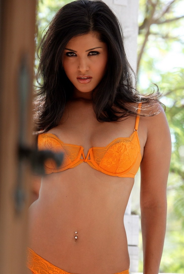 Website Sunnyleone Sunny Leone Wiki Pictures