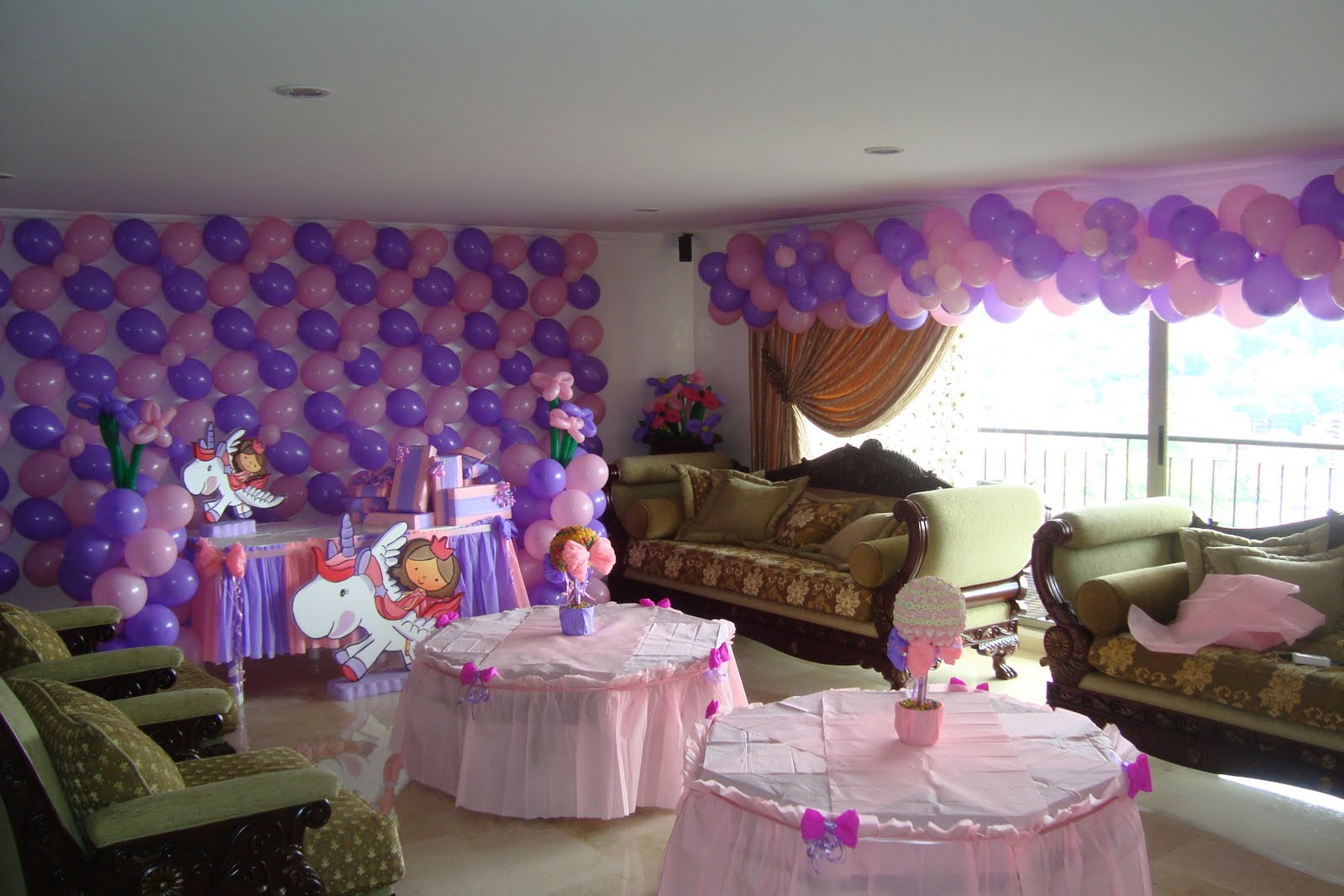 Fiestas princesa ni a fiestas tematicas infantiles - Manteles infantiles para cumpleanos ...