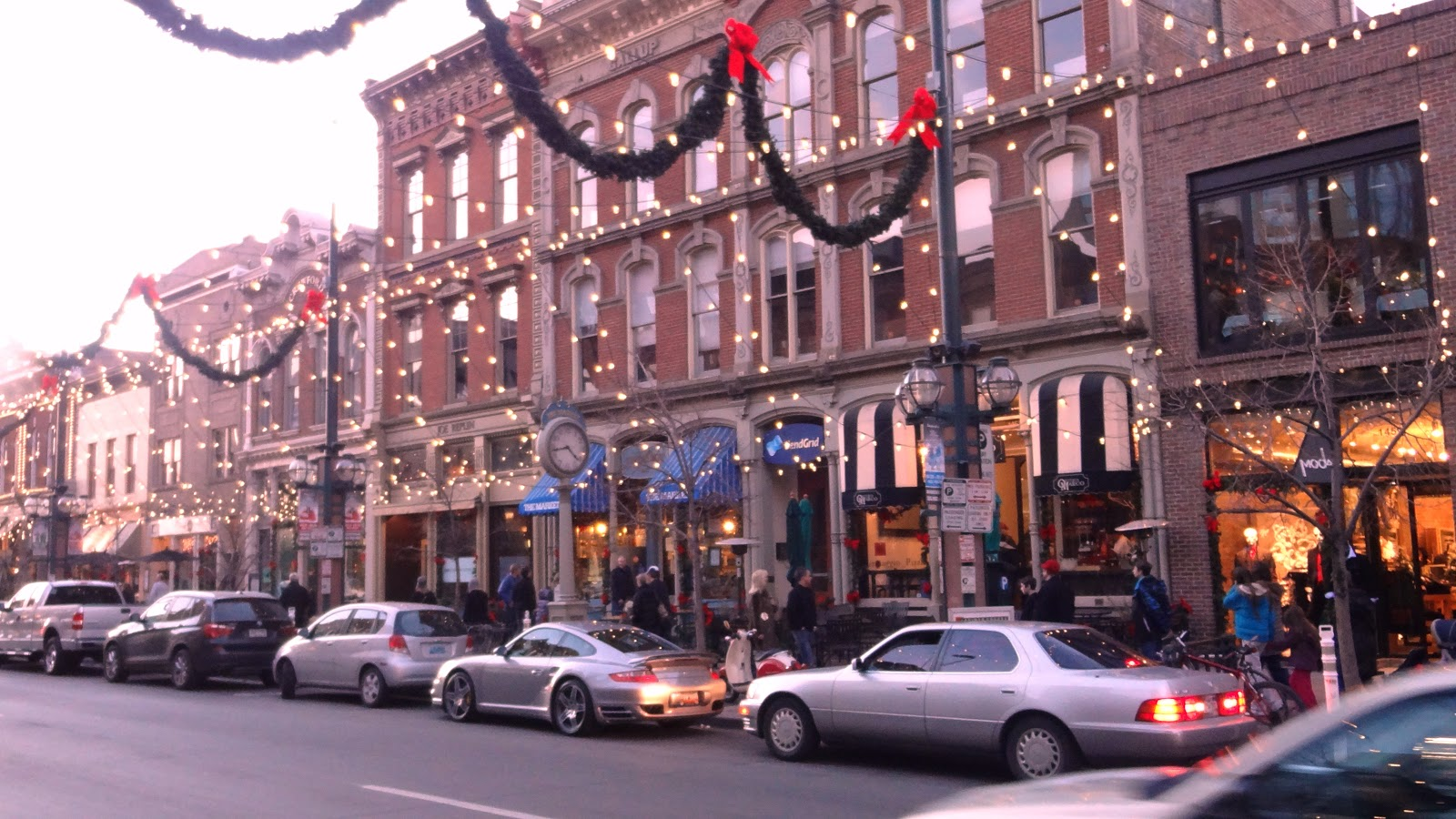 16th Street Denver Christmas Lights. Denver Restaurants Christmas Day ...