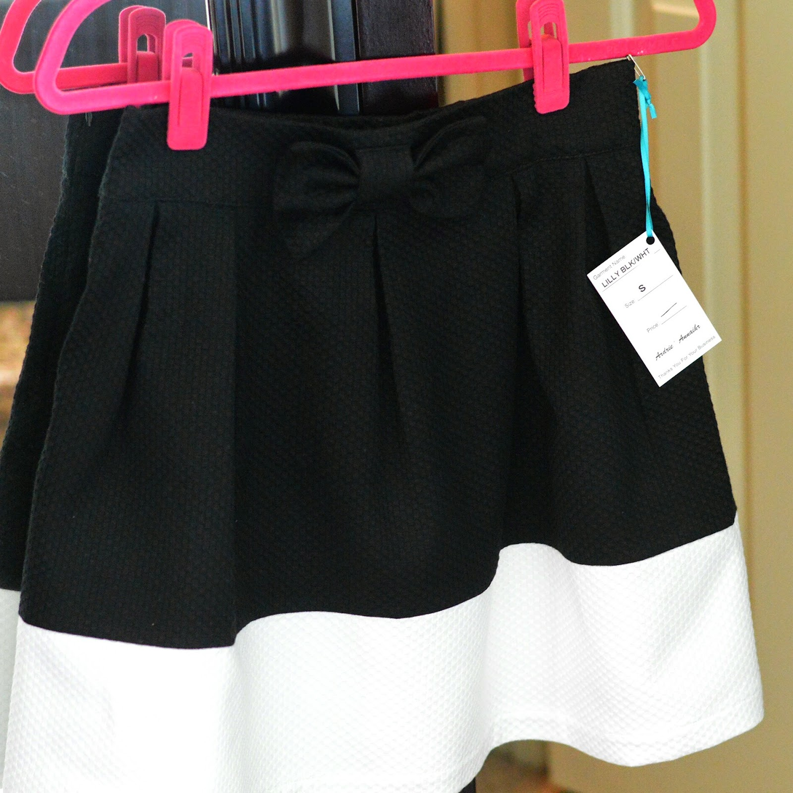 full skirt color blocked DIY bow