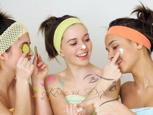 Dưỡng da thật không khó cho các chị em phụ nữ