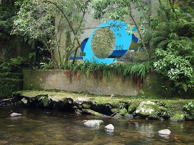 circle mural shapes objects