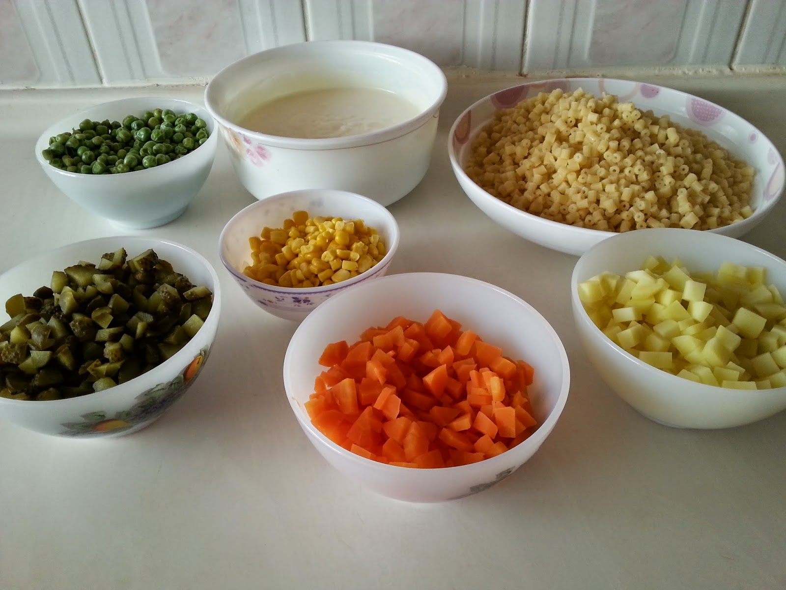 rus salata,salata,makarna,makarnalı rus salata