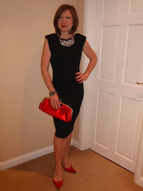 Claire+LBD5 Working Your LBD & Some Fab Neck Candy