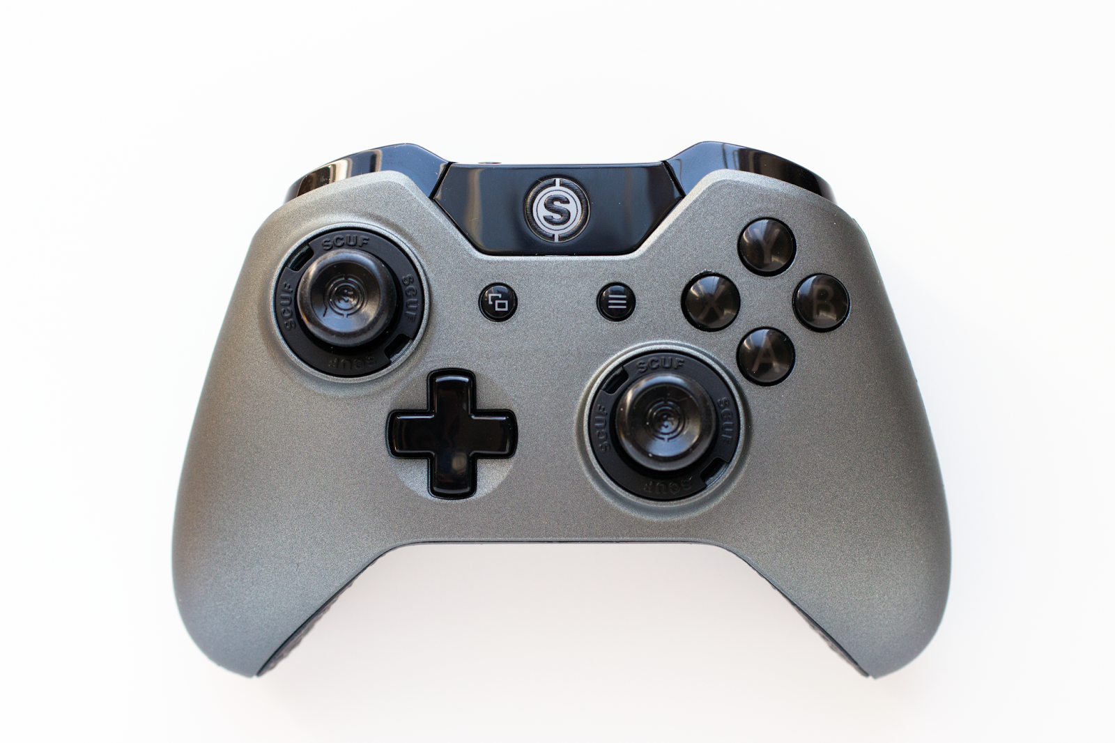 scuf gaming infinity1 professional xbox one controller hardware review chalgyr 39 s game room. Black Bedroom Furniture Sets. Home Design Ideas