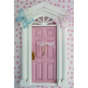 Fairy doors for our wee fairy friends clouds2kisses a for The little fairy door company
