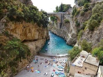 Furore: Το «χωριό που δεν υπάρχει» - Ένας παράδεισος![EIKONEΣ]