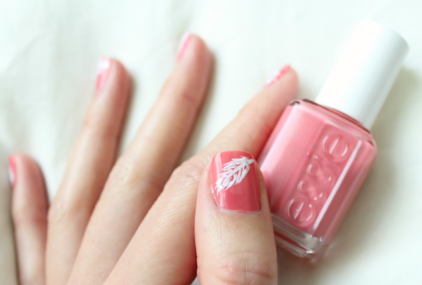 Fanciful Chaos: Essie My Place Or Yours + Pink and White Feather Nails