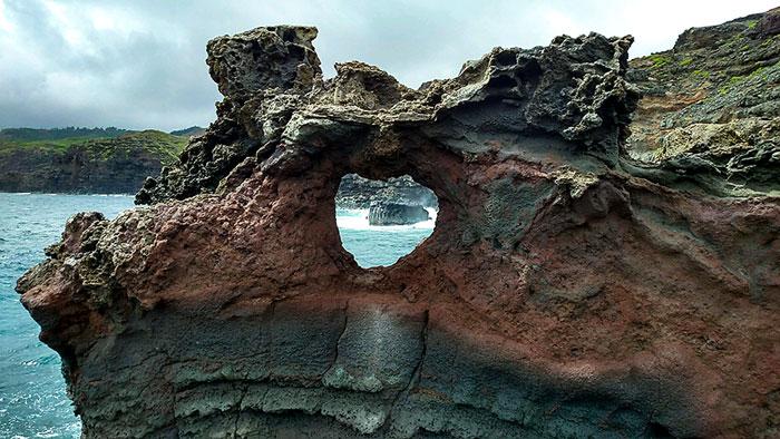 Maui, blowhole, heart shaped rock, hawaii