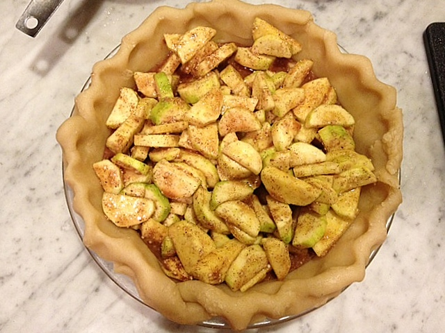recipe: zucchini apple pie. [15]