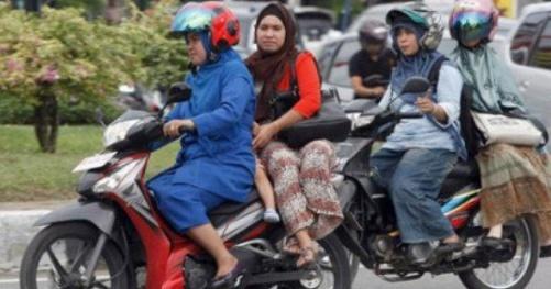 Ini Yang Paling Sering Terjadi Oleh Ibu-Ibu di Jalan