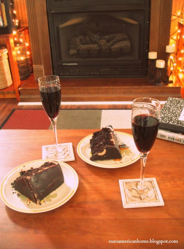 EuroAmericanHome :: Cake and wine