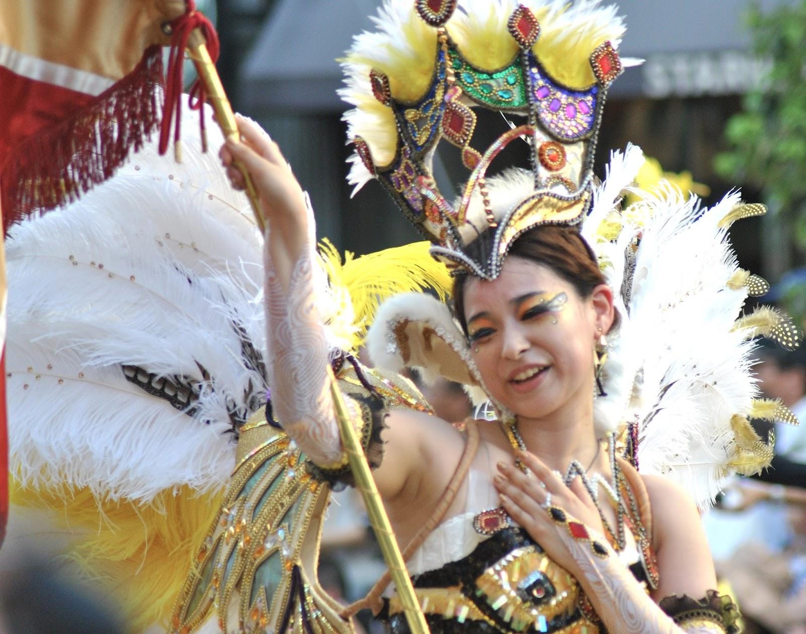 Asakusa Samba Carnival 2013 - Japanese Samba: Sexy&Weird.