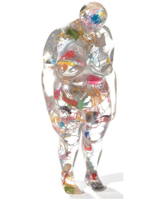 ronit judelman boneca transparente gorda cheia de tralhas