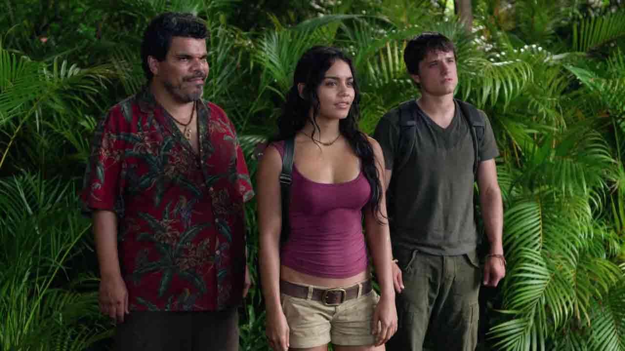 Watch Online Hollywood Movie Journey 2 The Mysterious Island (2012) In Hindi English On Putlocker
