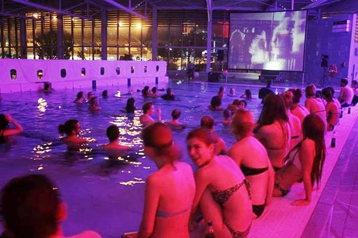 Icelandic cinema in the pool.