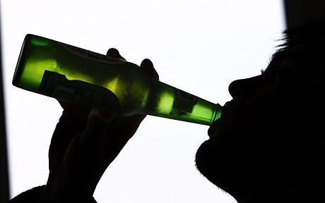 http://4.bp.blogspot.com/-p3JofofK8e4/Tp-SVmhSz1I/AAAAAAAAA58/Dpj93LvhBNQ/s1600/alkohol.jpg