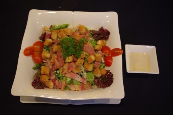 """Ăn Chơi Nhà hàng châu Âu """"cực chất"""" dành cho giới trẻ Sài Gòn"""