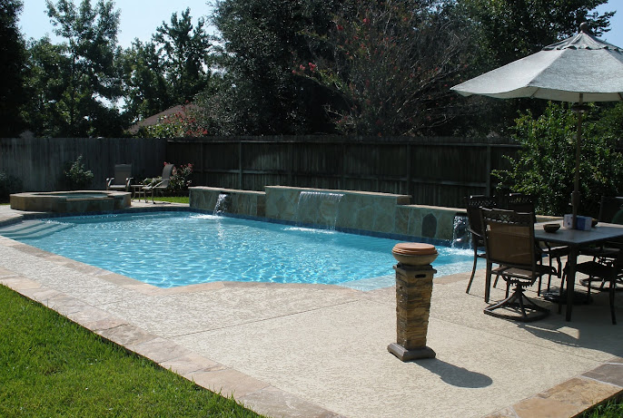 #2 Outdoor Swimming Pool Design Ideas