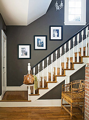 Grey hallway inspiration every home is a castle - Small entryway paint colors ...