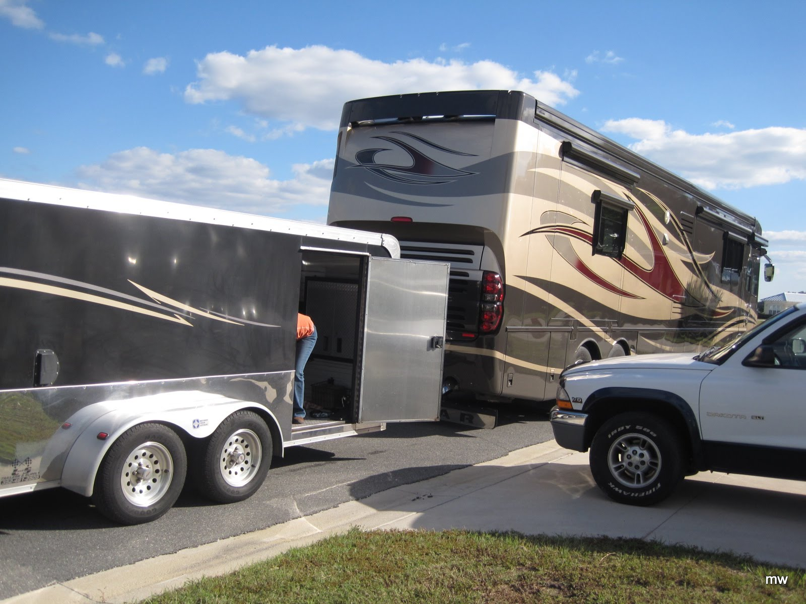 Rv there yet winter headquarters for Florida grande motor coach resort
