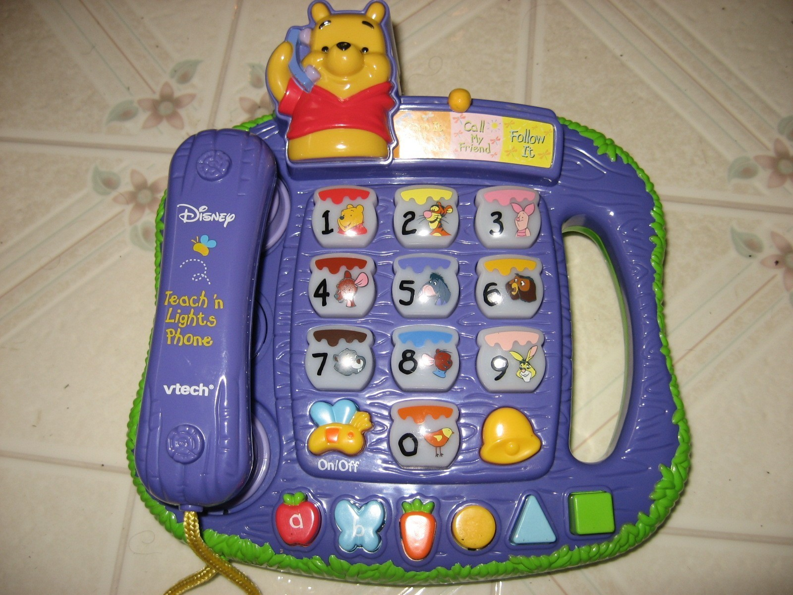 Superb img of VTech Pooh Teach 'n Lights Phone TOYBOX Baby Toys Rent Rental Mainan  with #AA7D21 color and 1600x1200 pixels