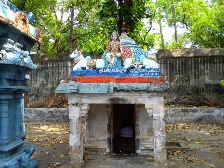 Sri Athmanatheswarar Temple, Thiruvalampozhil, Thiruvaiyaru - 275 Shiva Temples