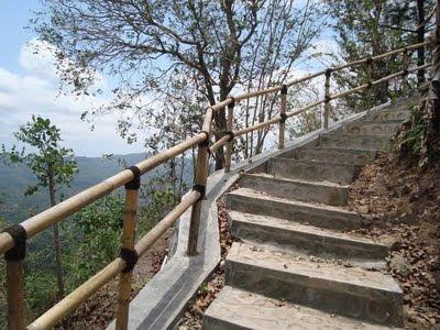 Jalur trekking yang ada di Kalibiru Kulonprogo