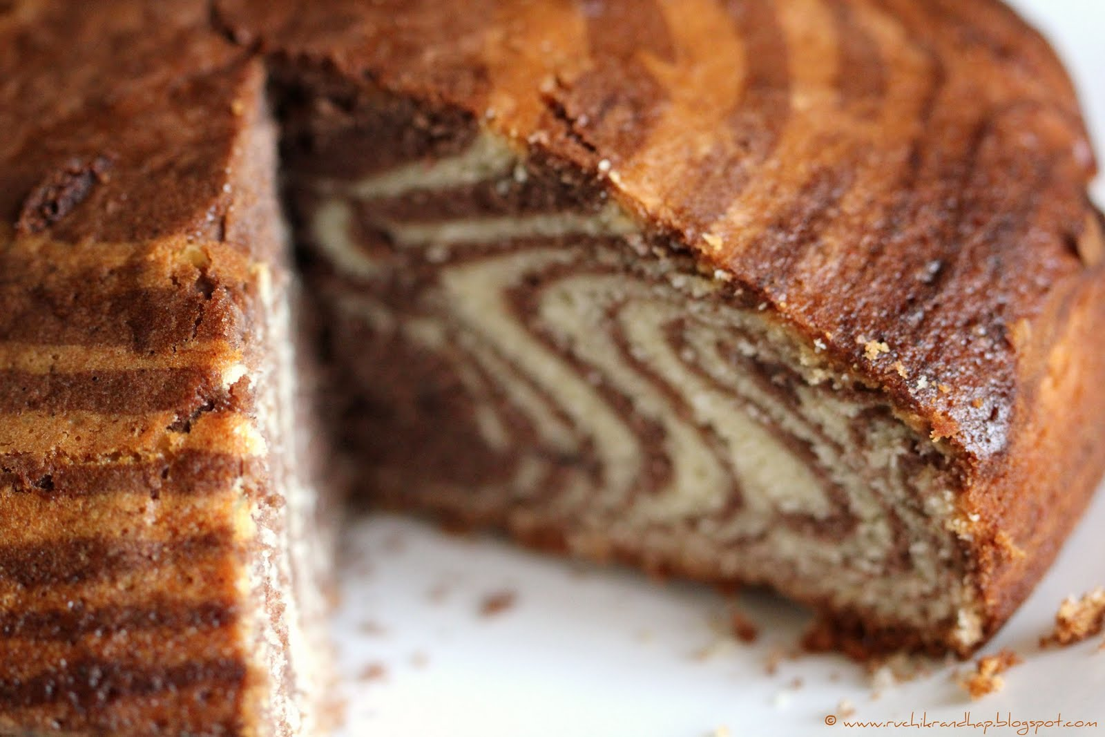 Eggless Cooker Chocolate Cake Recipe