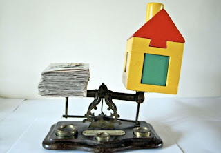 The real estate market in India: Problems, prices and happenings.