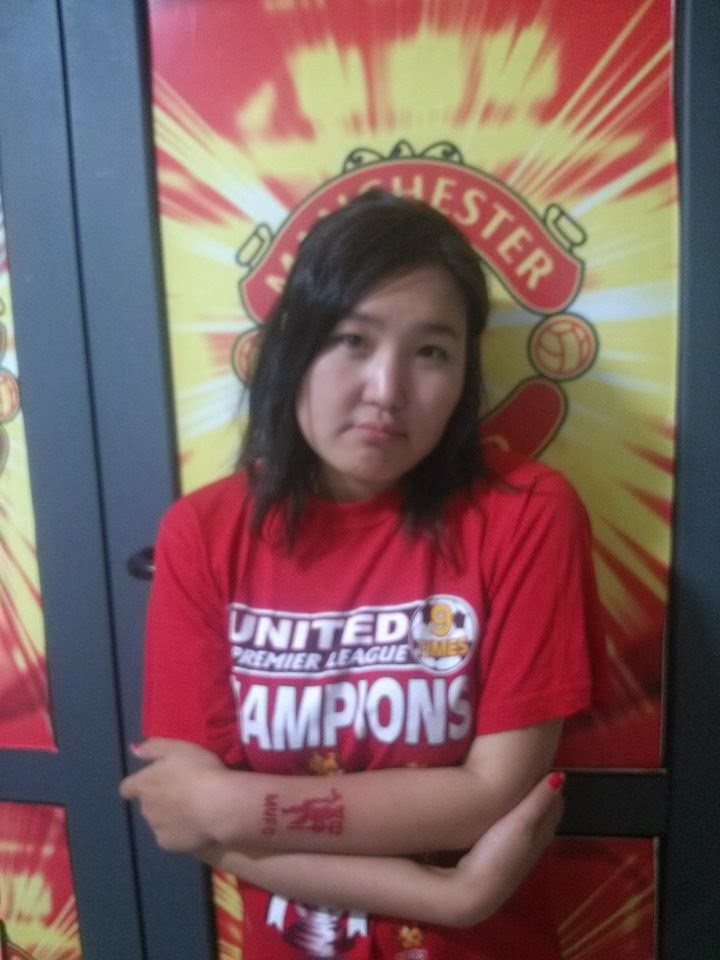 Diamond support Manchester United her whole life