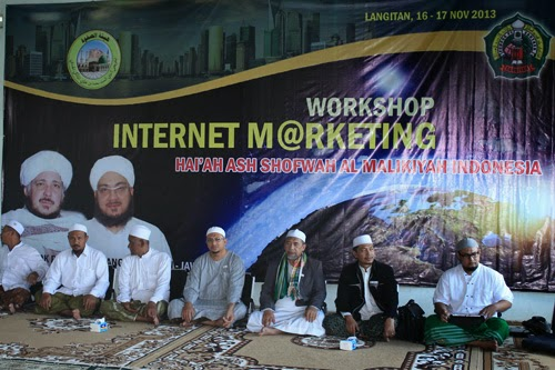 "Santri : ""Workshop Internet Marketing sesuai Syariah"""