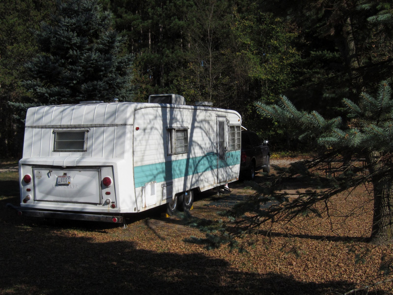 how to live in a travel trailer