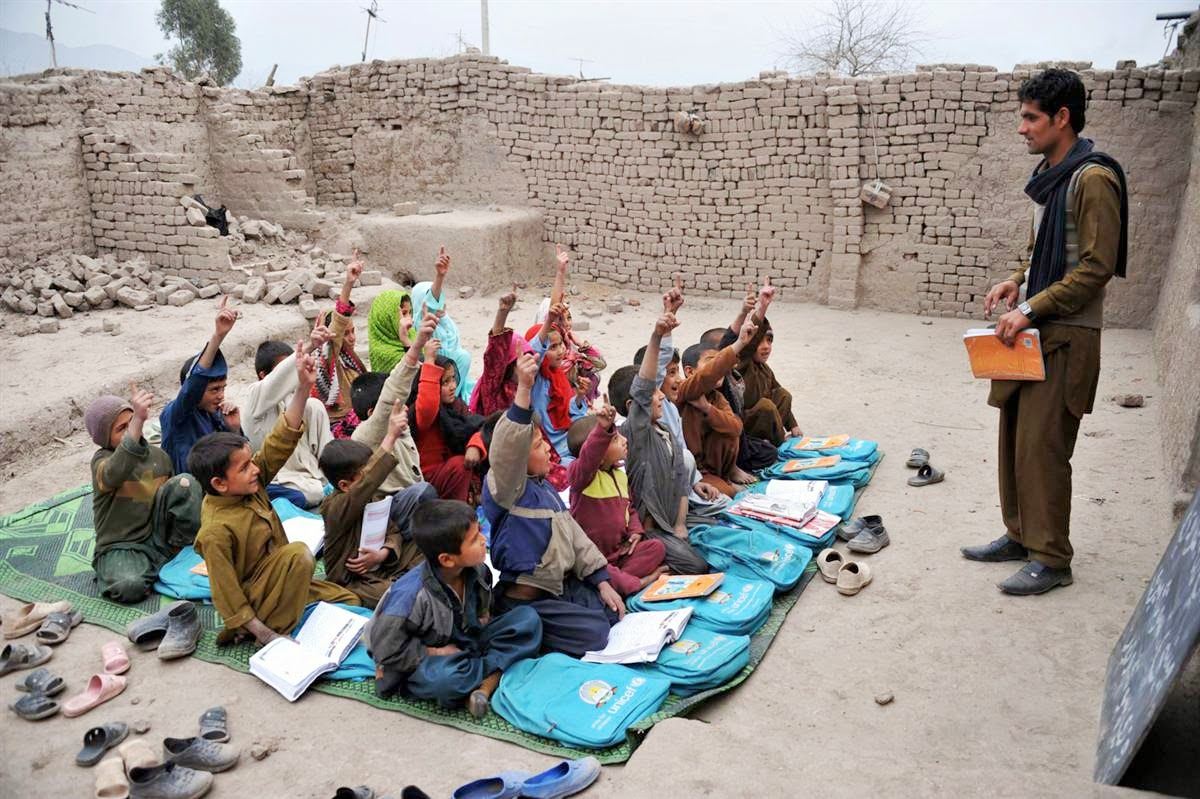 AFGHANISTAN: Poverty forces children to quit school to work