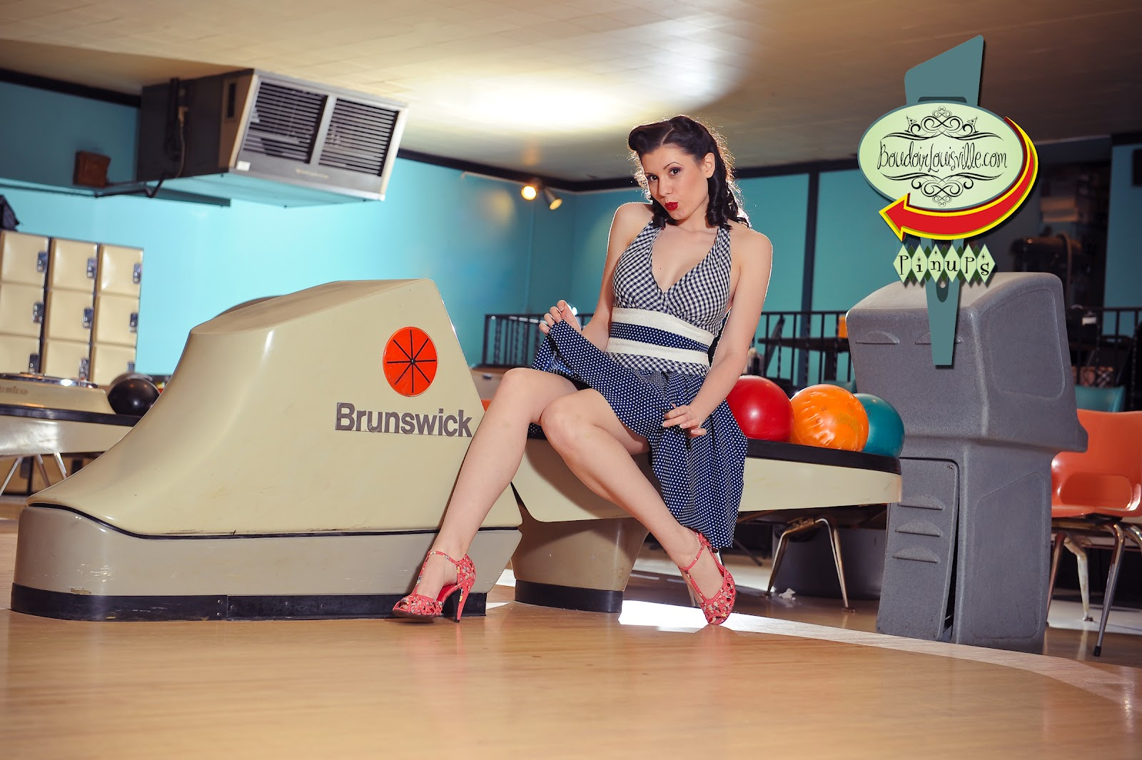 sexy-bowling-babes-nayanthara-simbu-nude