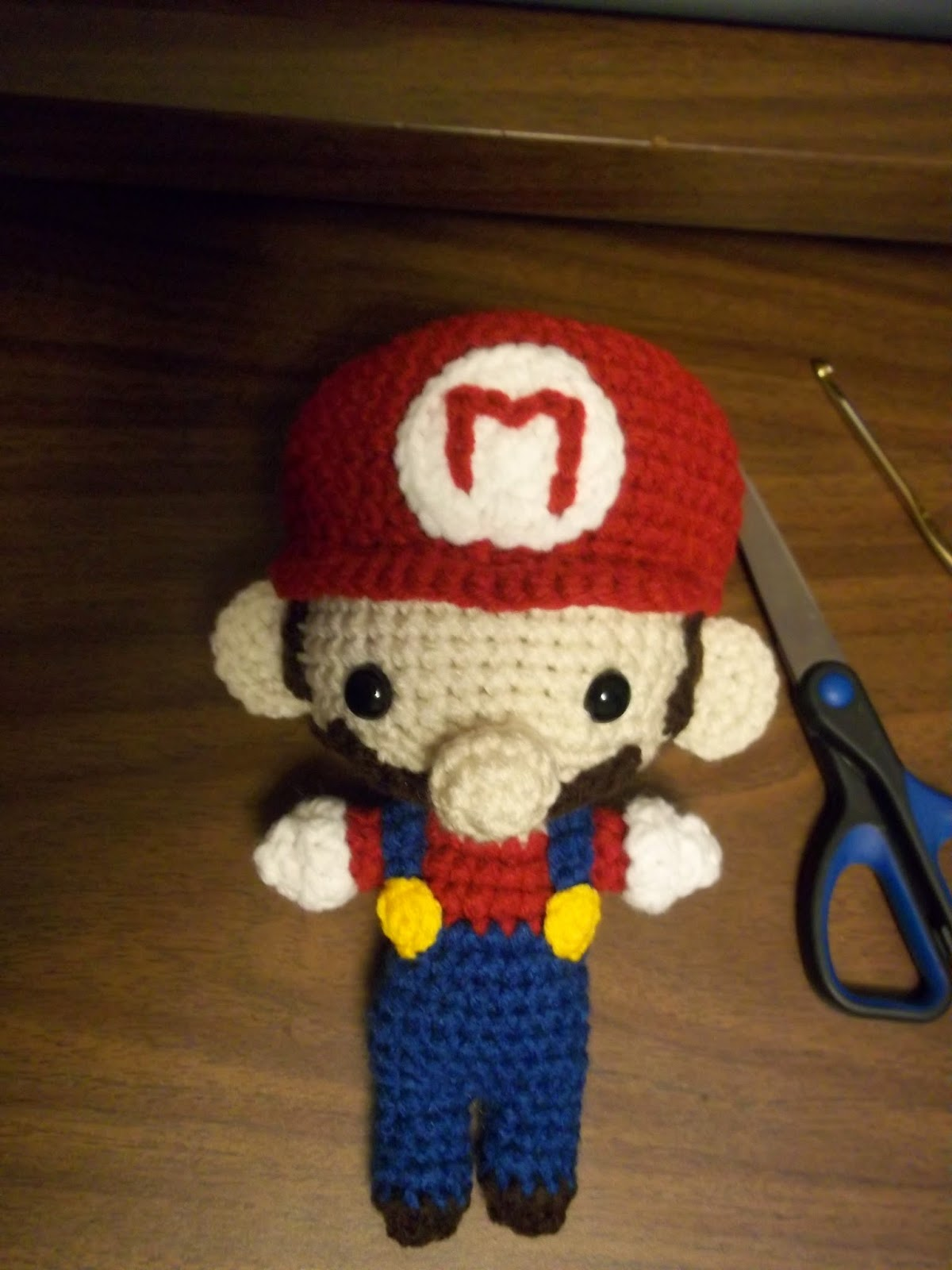 Amigurumi Mario Pattern : Eden is only a dream away: Crochet Super Mario(or Luigi ...