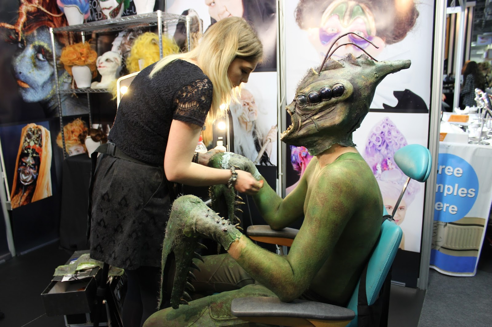 IMATS london 2014 body painting giant cricket man