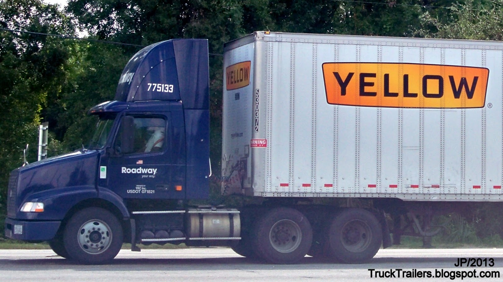 Trucking Company Yellow to Buy Leading Rival Roadway