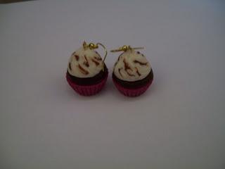 Χειροποίητα κοσμήματα: Χειροποιήτα σκουλαρίκια cupcakes