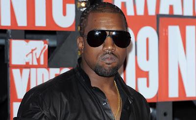Kanye-West-designing-ring-for-Kim-Kardashian