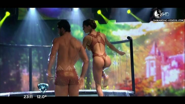 Culo de Cinthia Fernandez en Bailando 2012 aquadance damageinc-videos HD 720p