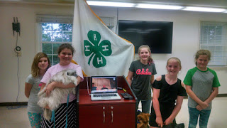 Oconee County, SC Bark Buddies 4H group watching Laurel and Audrey via Skype