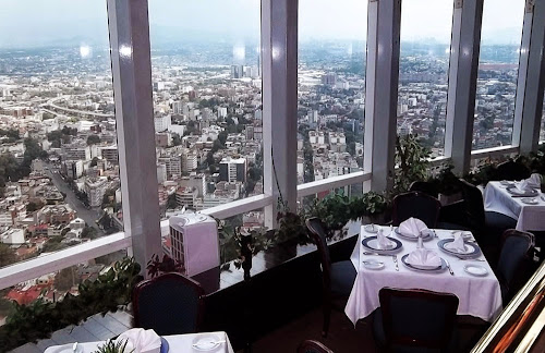 Maior restaurante giratório do mundo