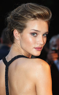 Rosie Huntington Whiteley hot