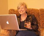 Author Suzan Tisdale interviews Melissa Foster