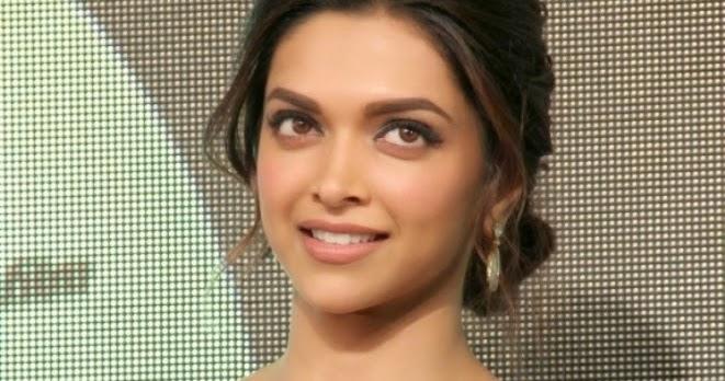 Actress Deepika Padukone Hot Photos at Chennai Express Audio Launch ...
