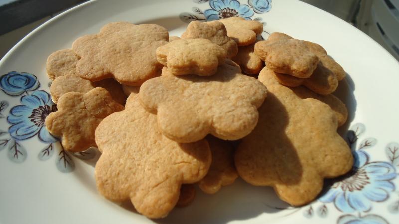 E 39 pronto tutti a tavola fior di biscotti alla liquirizia senza zuccheri - Tutti in tavola ricette ...