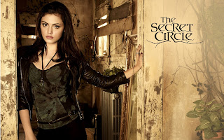 Phoebe Tonkin from Secret Circle HD Wallpaper