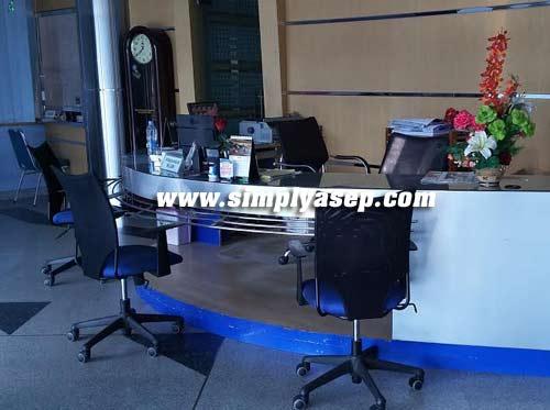 Ruangan Pemasangan Iklan Pontianak Post.  Foto Asep Haryono