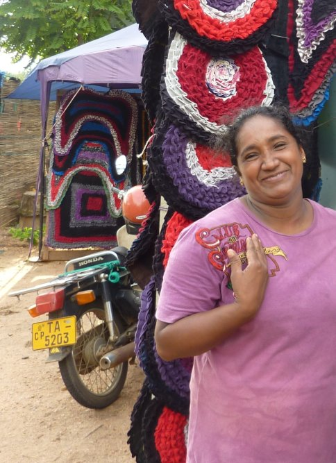 Femme au Sri Lanka